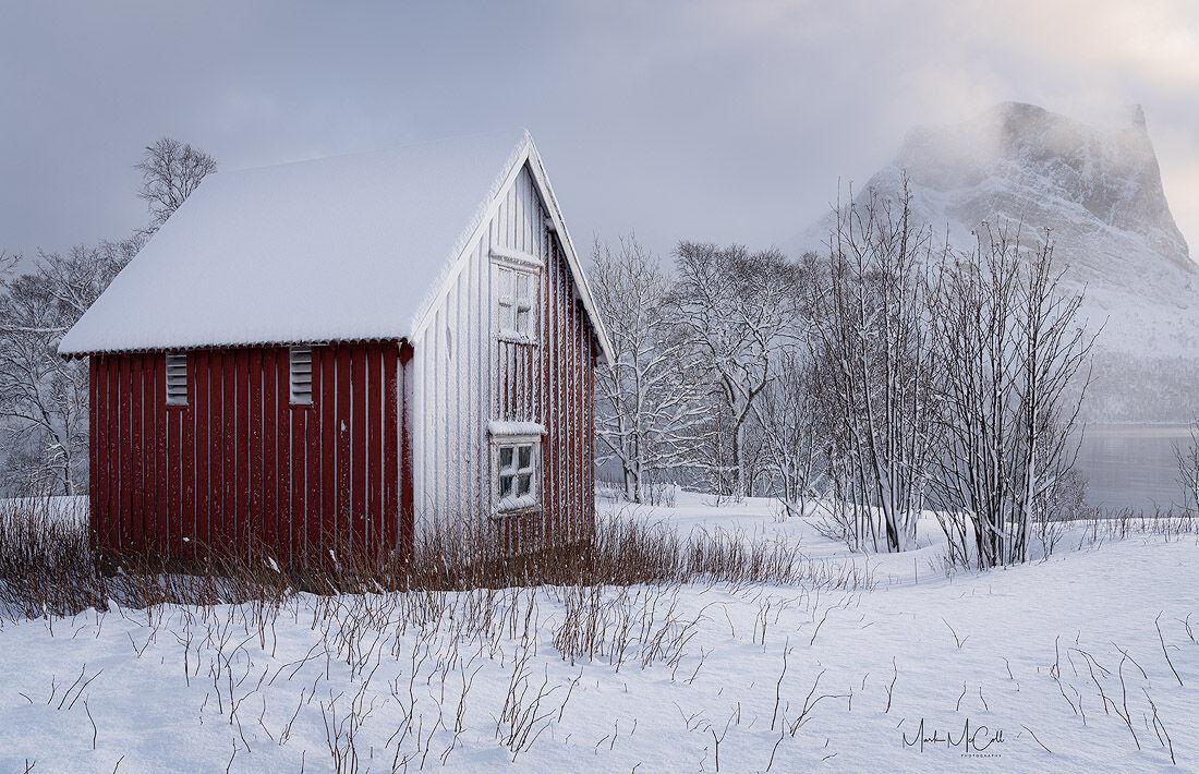 Snow blasted Rorbu, Senja