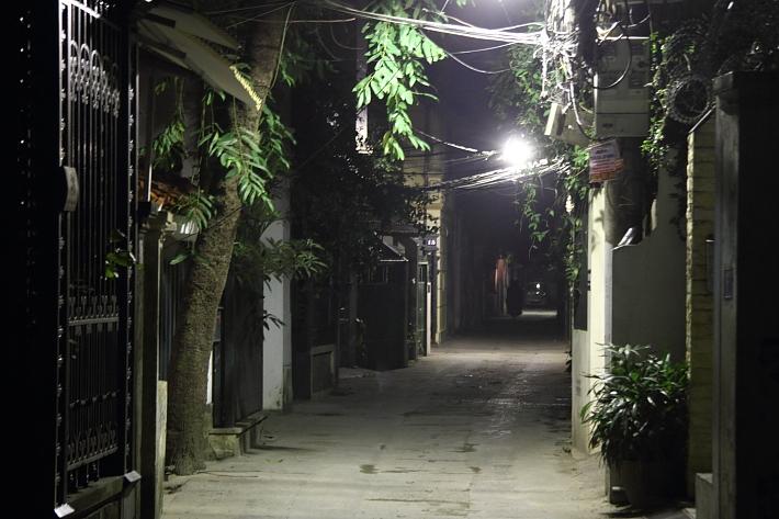 Alley in Tay Ho