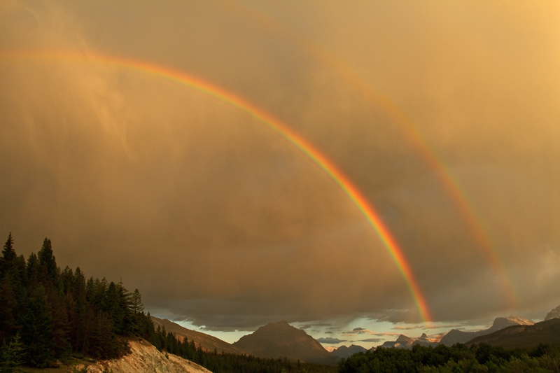 Arc-en-ciel, <em>Icefield Parkway</em>