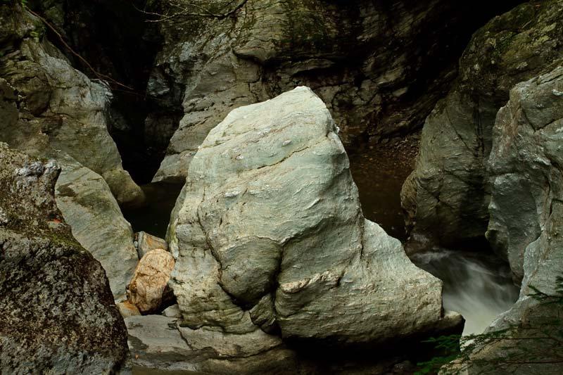 Bingham Falls - Rocher