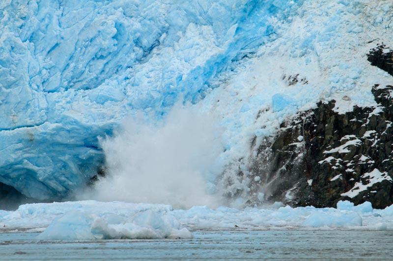 Glacier Aialik s'effritant