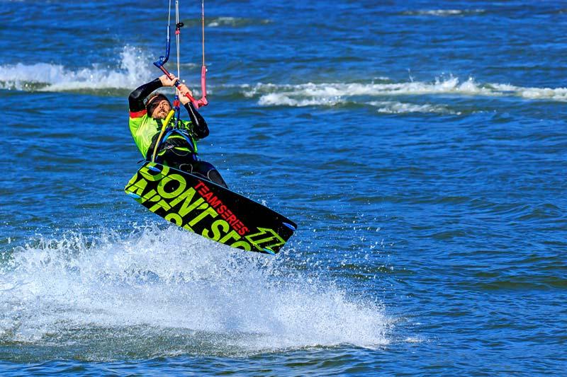 Saut de kite surfing 2