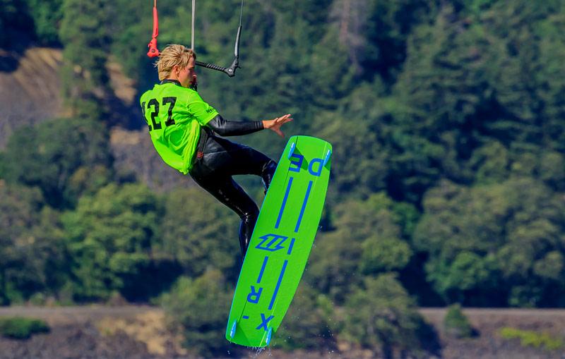 Saut de kite surfing 1