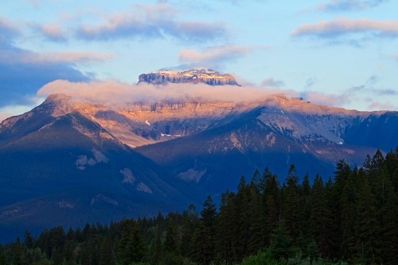 Mont Bourgeau au lever du soleil
