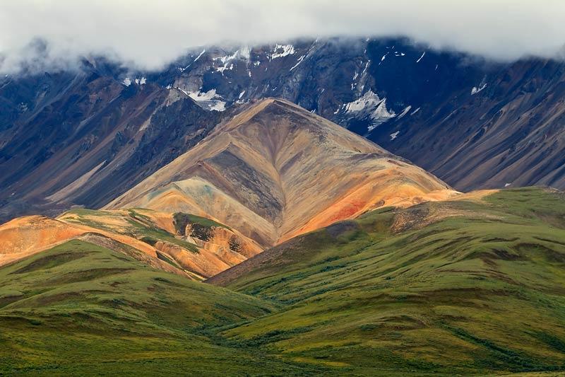 Montagne de Polychrome Pass