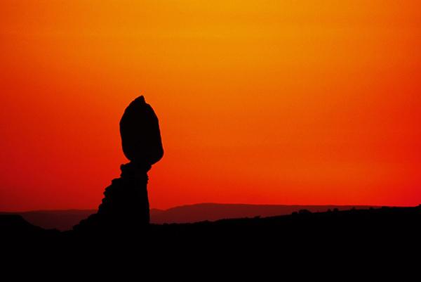 Balanced Rock au coucher du soleil 2 - Arches NP, Utah