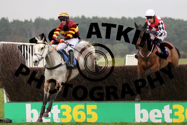 Race 2 - Parlour Maid (3)