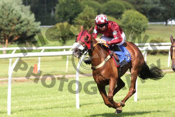 Race 7 - Gold Class (5)