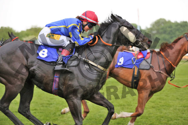 Race 8 - Thornaby Nash (2)