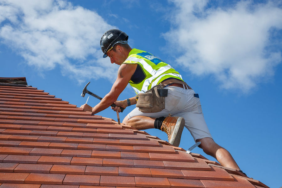 Roof Tiler<br>RedlandBMI