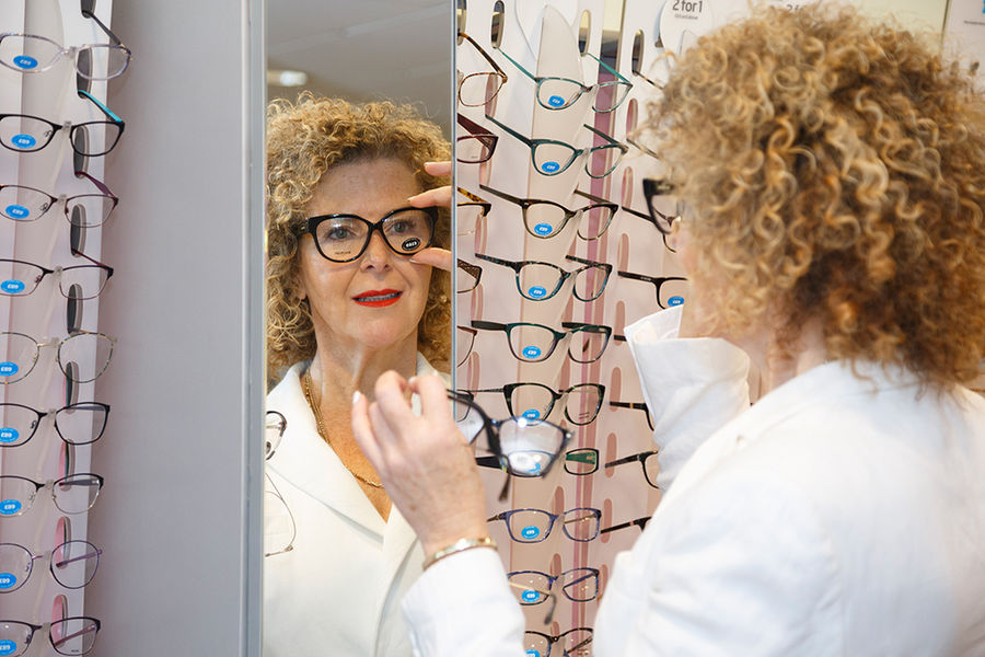 Dispensing Opticians<br>Specsavers
