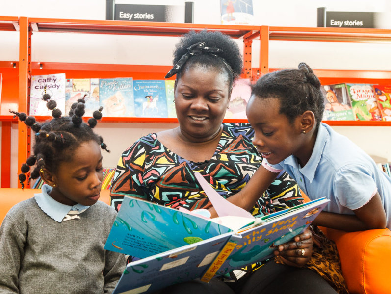 Family Reading<br>Deptford Lounge Library<br>Arts Council England