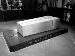 King Richard 3rd Re-internment Memorial 02