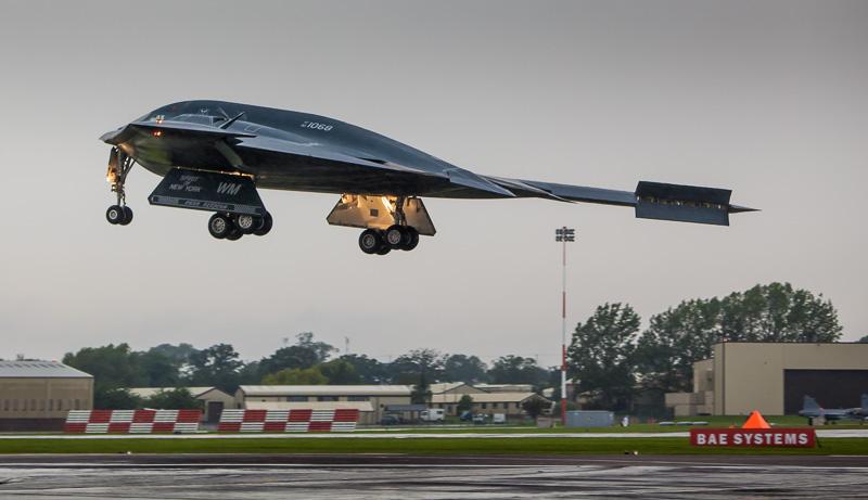 USAF 1 Billion Dlr Stealth Bomber