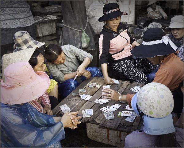 Card school, Vietnam