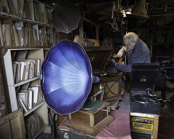 The  Gramophone Restorer