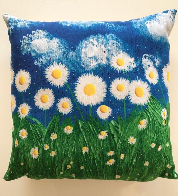 """""""Daisies III"""" Cushion"""