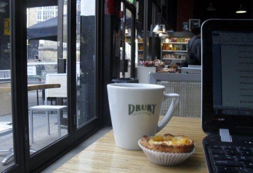43. Cafe' 1001, Brick Lane, E1
