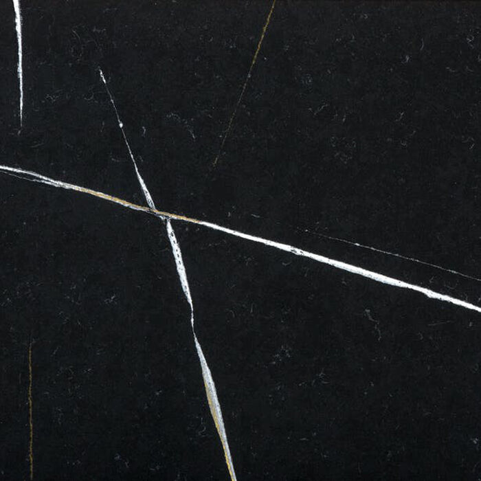 Silestone Et Noir - 20mm & 30mm - Polished & suede Finishes