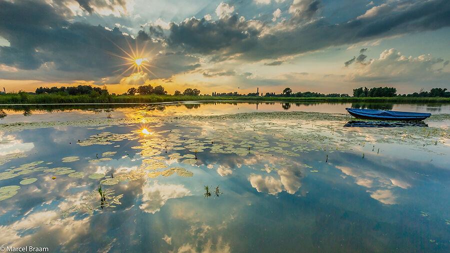 Zonsondergang aan de Oude Waal