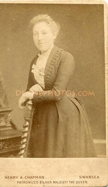 Lavinia Lee (nee Dorey)