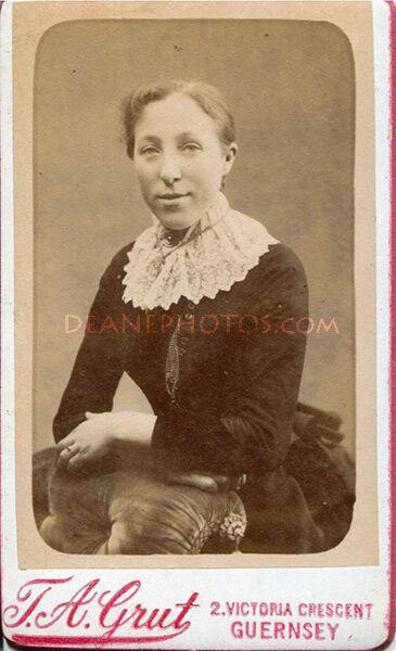 Lavinia (Dorey) Lee