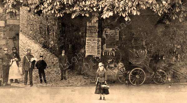 1871-La-Rue-des-Frere-zoom2-w