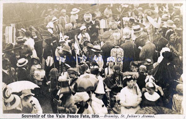 1919-Souvenir-of-the-Vale-Peace-Fete