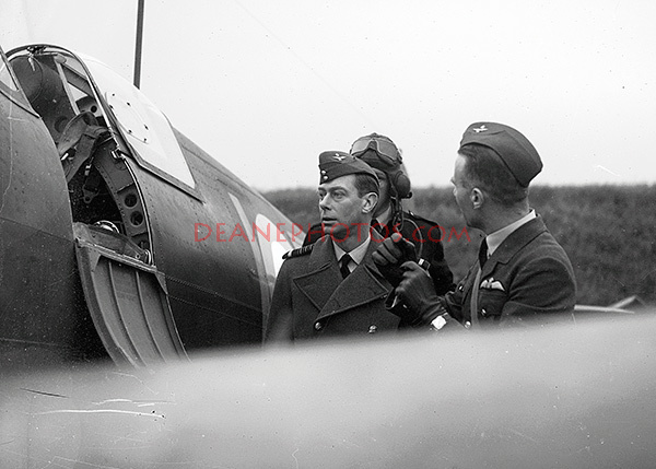 King George VI inspecting a Spitfire during WW2
