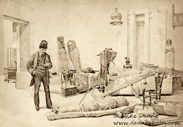 The photographing of the Mummy << Don't Move!>>