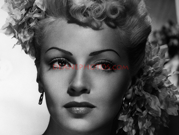 Lana Turner closeup