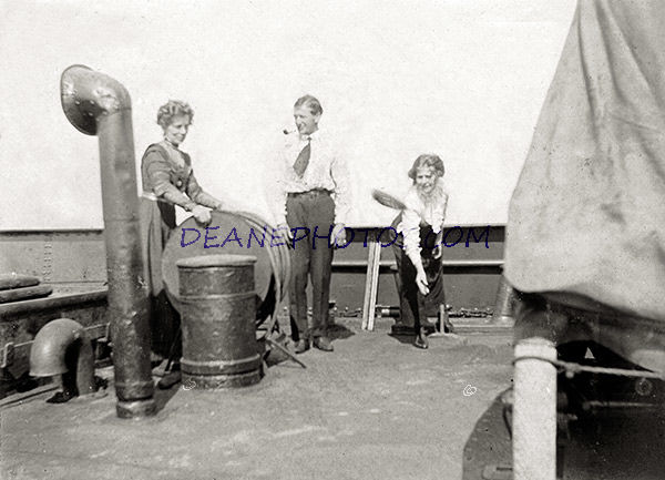 Life on the Ocean Wave-Deck Quoits No 1