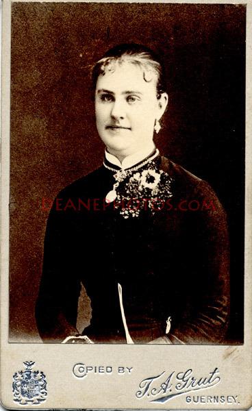 Lihou-members-of-family-of-John-Bisson-Lihou-Guernsey-album-1879-1894-4-pics-c