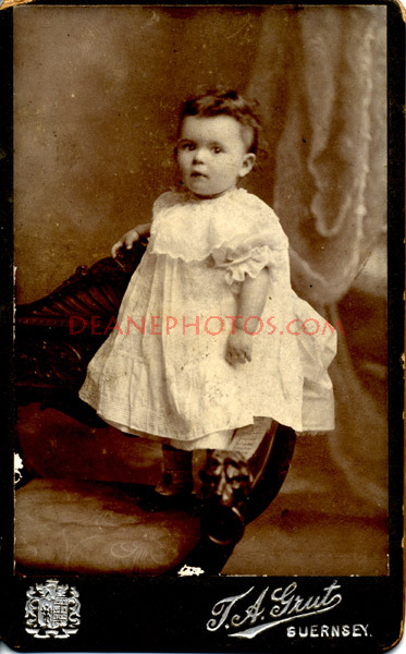 Lihou-members-of-family-of-John-Bisson-Lihou-Guernsey-album-1879-1894-4-pics