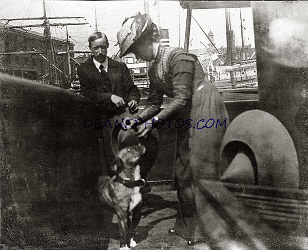 London Docks No 3 with Duncan