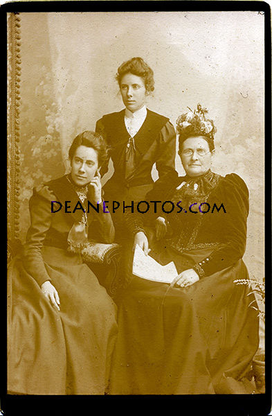 Mary, Ursula and Anne Singleton (Mother)