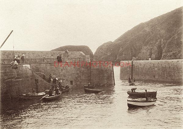 Sark-Harbour2-1900-GH