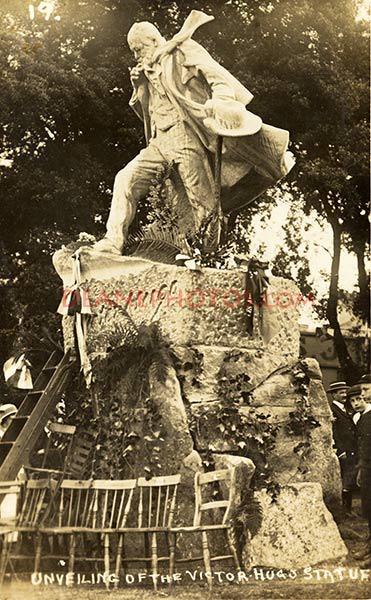 Victor Hugo's statue