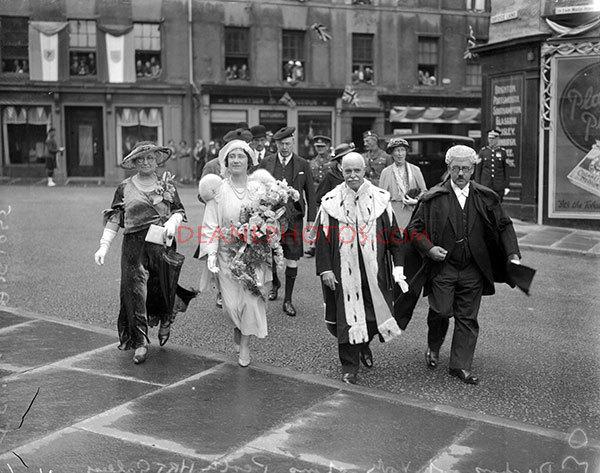 Duchess of York Opens Perth Art Gallery (No-6) Aug-1935