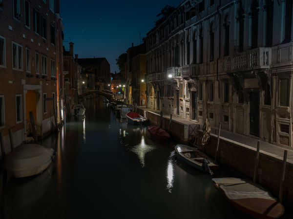 Midnight in Venice-Luciano