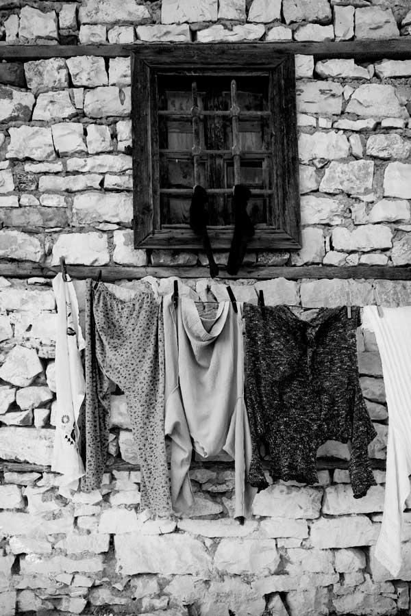 Clothesline, Berat Castle