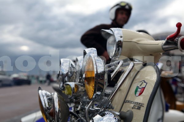 LAMBRETTA LIGHTS AND RIDER.