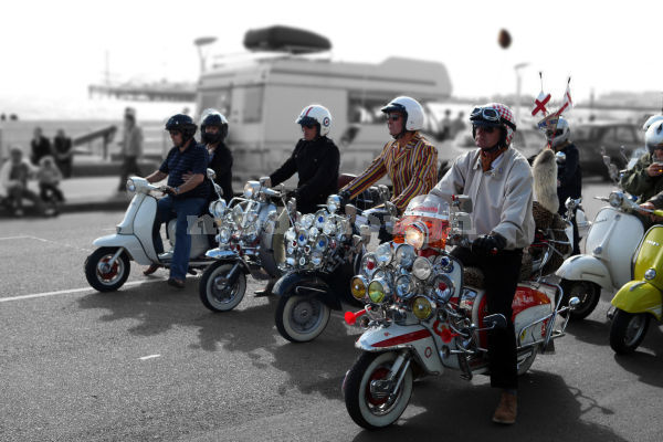 WE ARE THE MODS 2.