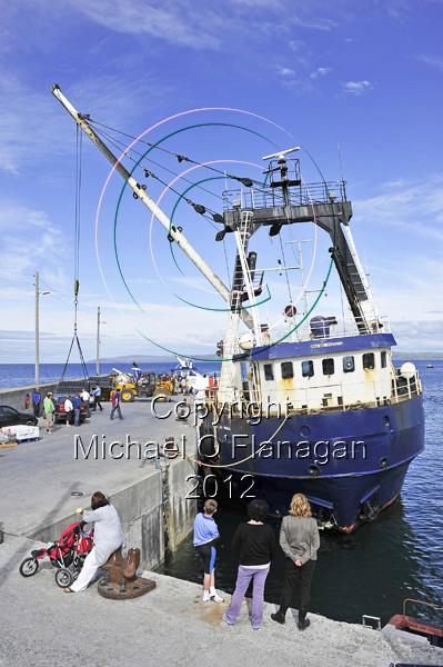 Bláth na Mara cargo boat at Pier, Inis Oirr Ref. # DSC6033
