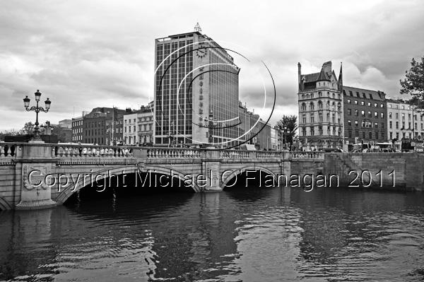 Dublin (O'Connell Bridge & River Liffey) Ref. # DSC3780