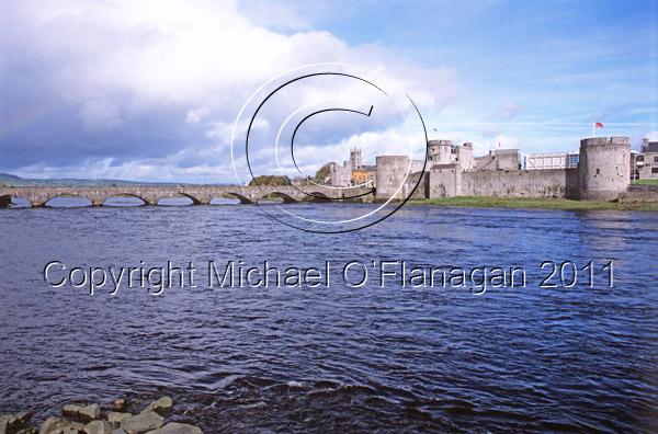 Limerick (King John's Castle & River Shannon) Ref. # FC887.21