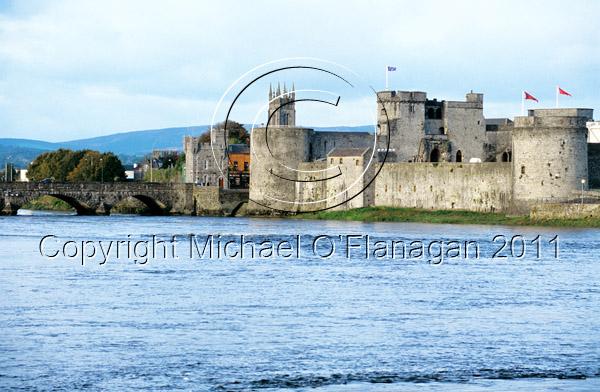 Limerick (King John's Castle & River Shannon) Ref. # FC891.36e