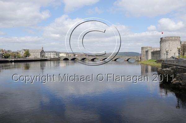 Limerick (River Shannon & King John's Castle) Ref. # DSC7169