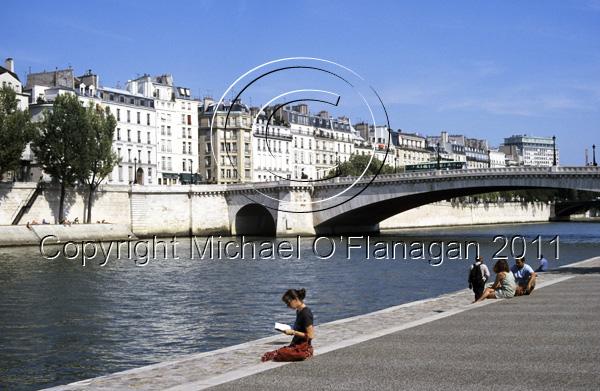 Paris (River Seine) Ref. # F493.18