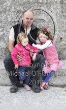Peadar, Hannah & May Ó Conghaile, Inis Oirr Ref. # DSC8928CR.jpg